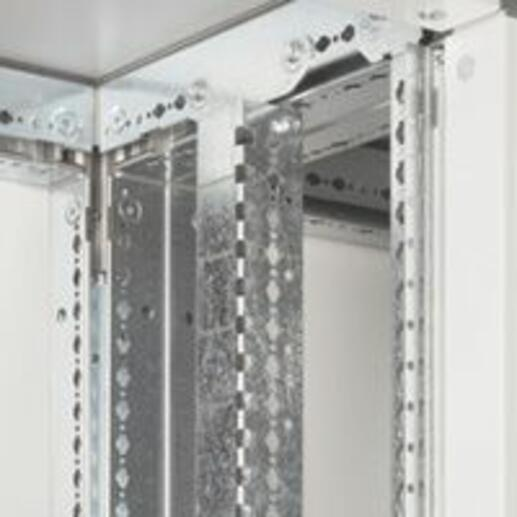 Jeu de 2 montants fonctionnels pour armoire XL³4000 profondeur 475mm - hauteur extérieure 2000mm