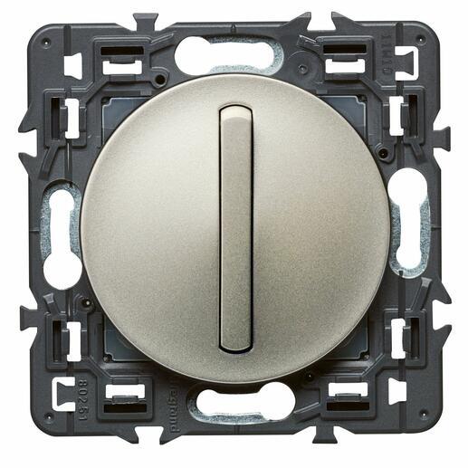 Interrupteur ou va-et-vient doigt étroit Céliane Soft - 10A - Titane