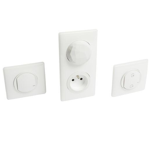 Kit de démarrage pour connecter une première pièce avec 4 produits Céliane with Netatmo avec plaque Laqué Blanc