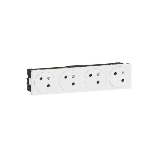 Quadruple prise de courant Surface Mosaic Link inclinée à 45° précâblée 8 modules - blanc