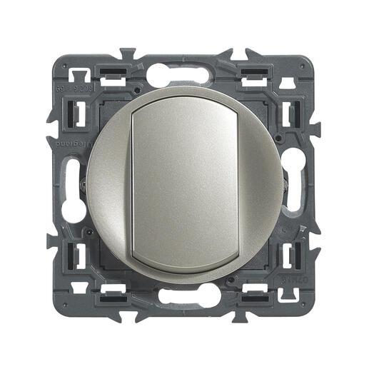Interrupteur ou va-et-vient doigt large Céliane Soft - 10A - Titane