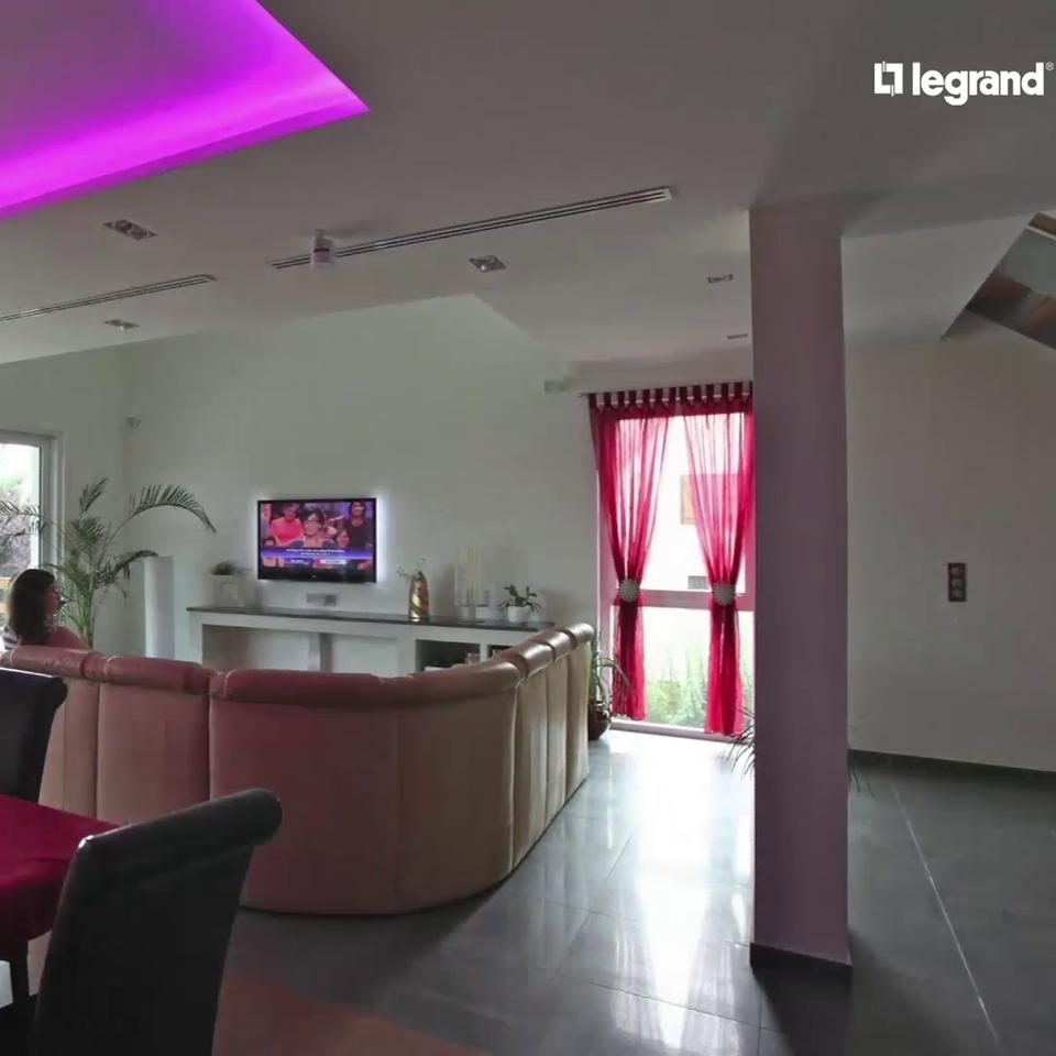 domotique le confort de la maison connect e espace grand public legrand. Black Bedroom Furniture Sets. Home Design Ideas
