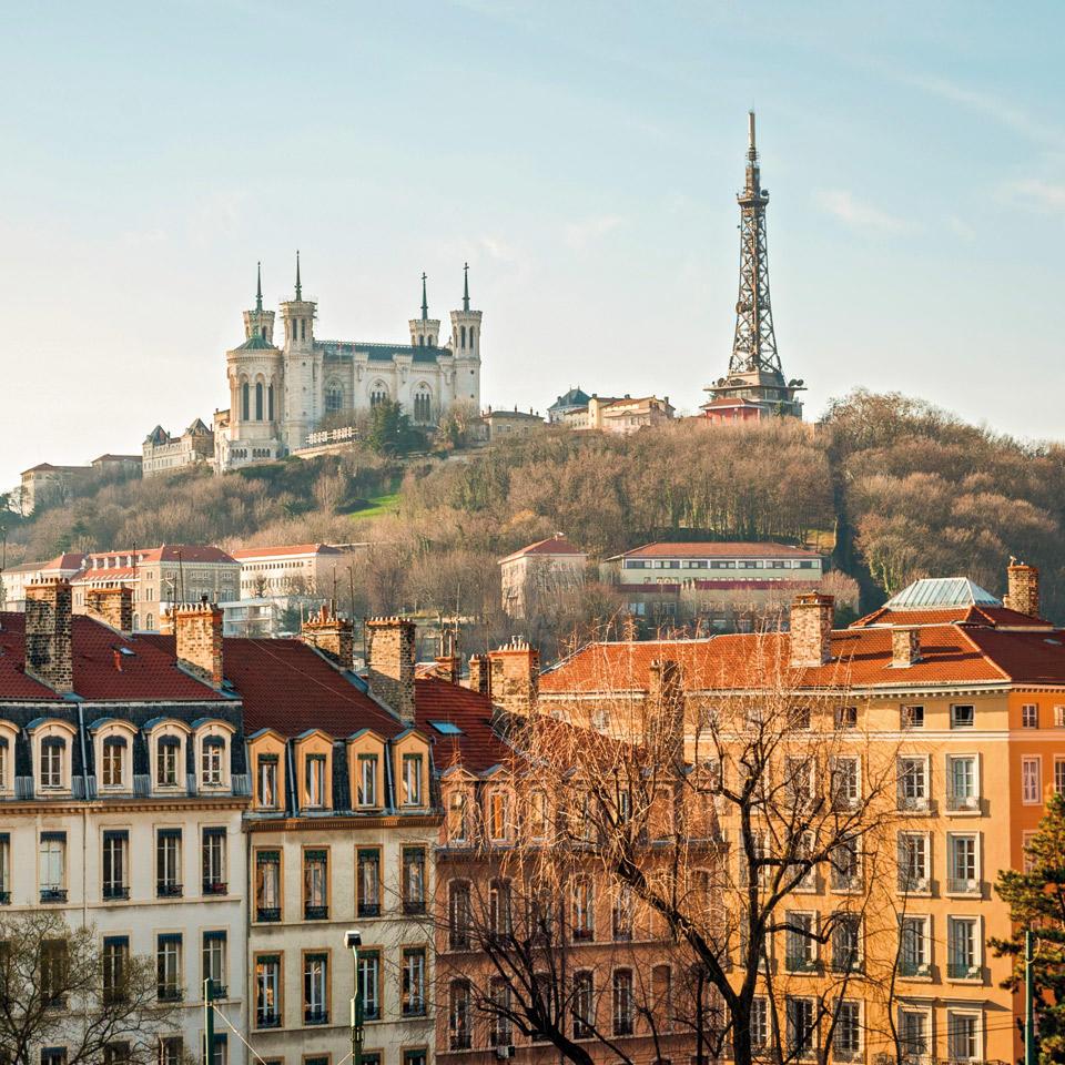 Lyon un appartement design s offre l appareillage art d for Appartement design lyon