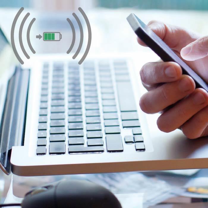 chargeur induction chargez votre smartphone sans cordon espace grand public legrand. Black Bedroom Furniture Sets. Home Design Ideas