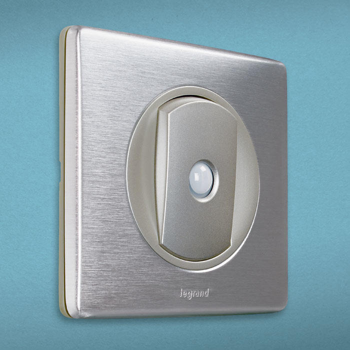 les interrupteurs intelligents c liane intuition espace. Black Bedroom Furniture Sets. Home Design Ideas