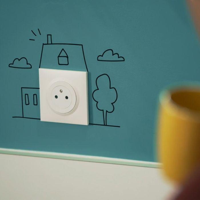 prise affleurante dooxie dessin maison 700x700