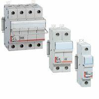 Coupe-circuit sectionneur tripolaire pour cartouche cylindrique industrielle typeaM ou gG 8x32mm - 400V~