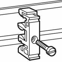 Fixation de l'appareillage sur rails EN 60715 pour vis M4