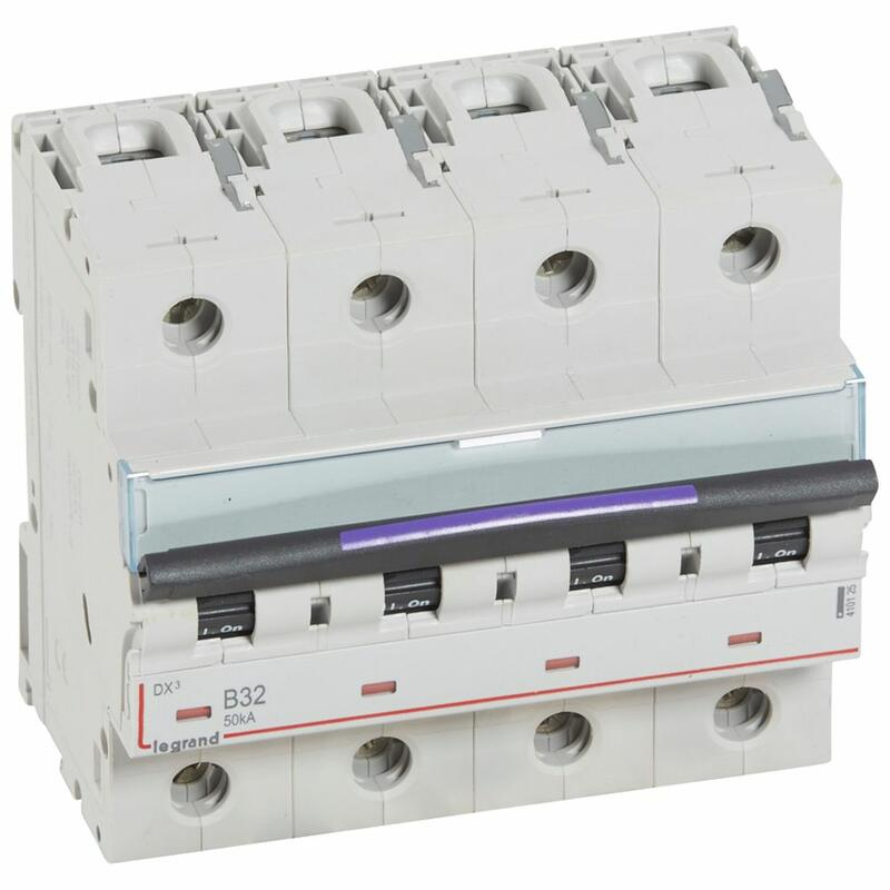 Disjoncteur DX³ 50kA arrivée haute et départ bas à vis 4P 400V~ - 32A - courbe B - 6 modules