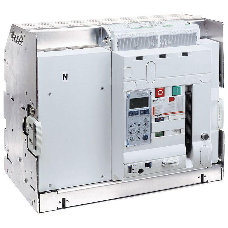 Disjoncteur ouvert débrochable DMX³2500 pouvoir de coupure 100kA taille 2 - 4P 800A