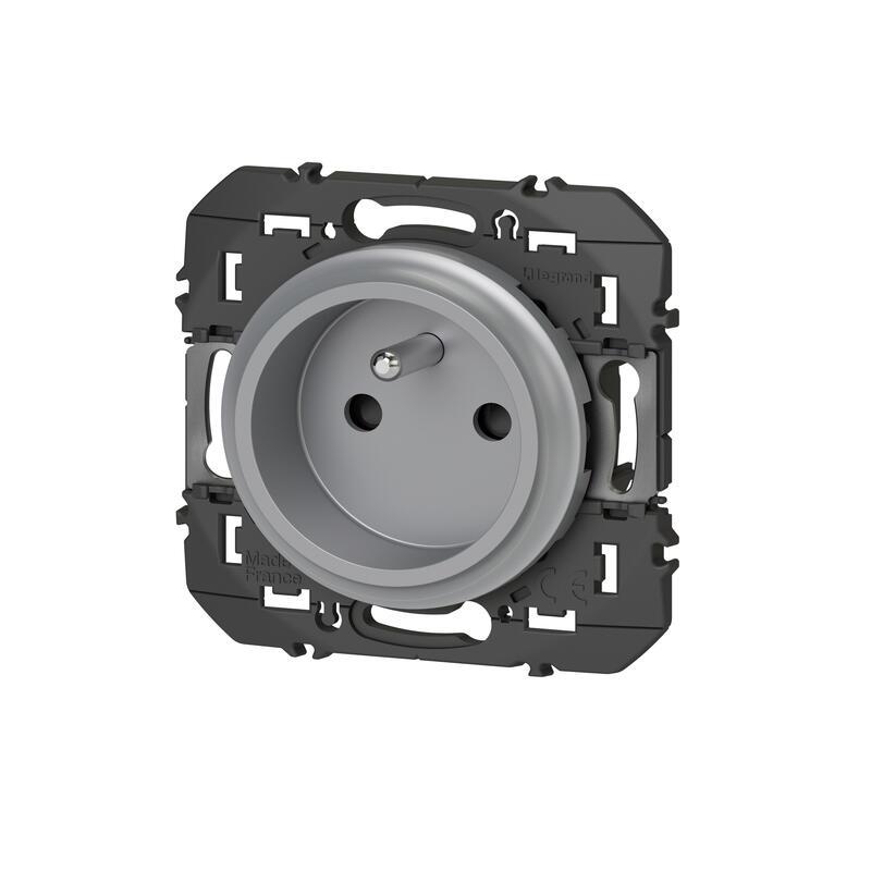 Prise de courant easyréno 2P+T faible profondeur dooxie 16A finition alu - emballage blister