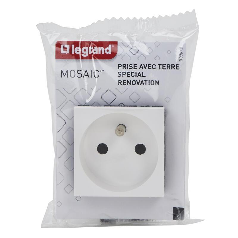 Prise de courant avec terre Mosaic spéciale rénovation 2 modules - blanc
