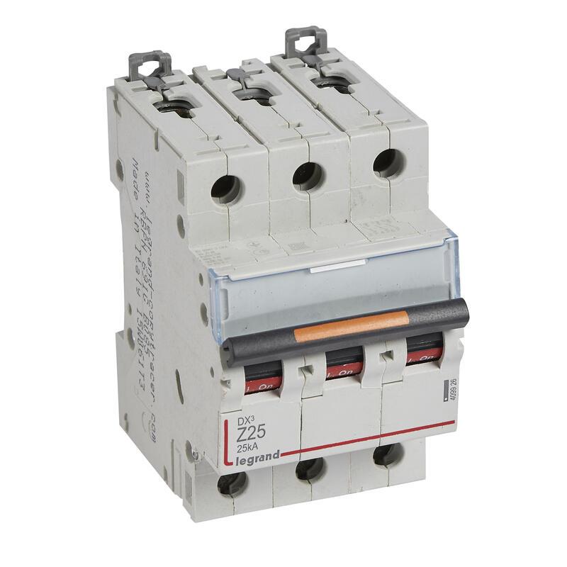 Disjoncteur DX³ 25kA arrivée haute et départ bas à vis 3P 400V~ - 25A - courbe Z - 3 modules