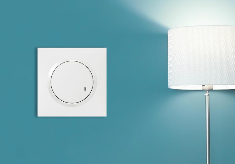 Interrupteur à option variateur à câbler pour installation connectée dooxie with Netatmo avec plaque blanche