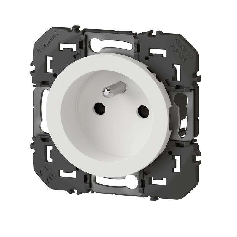 Prise de courant 2P+T à puits dooxie 16A finition blanc