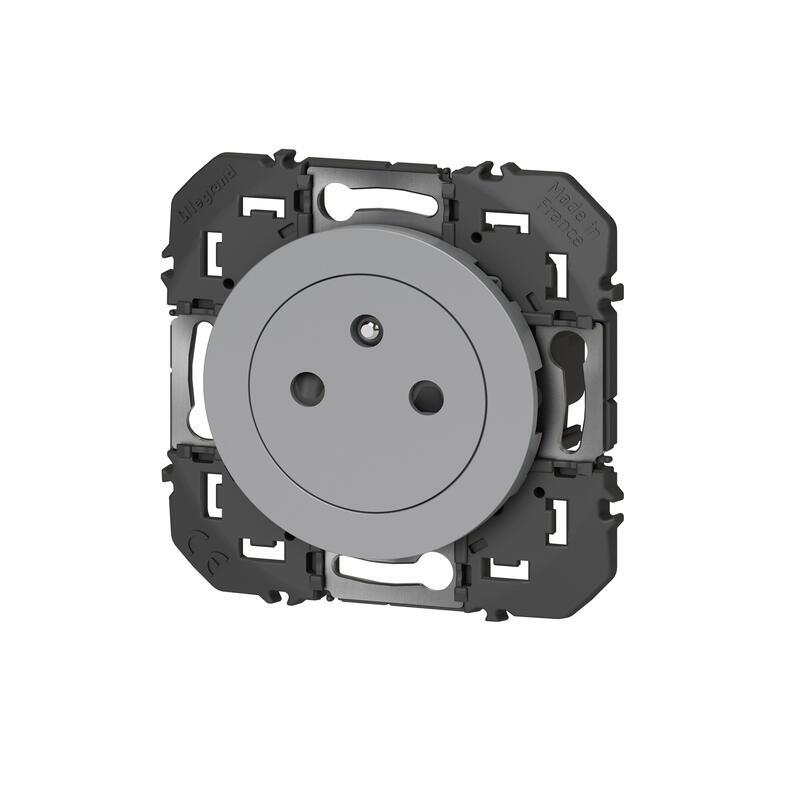 Prise de courant 2P+T Surface dooxie 16A finition alu